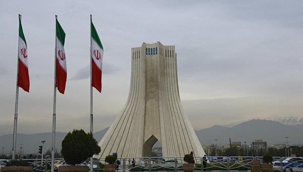 Минобороны Ирана: никто не помешает развитию ракетной программы страны