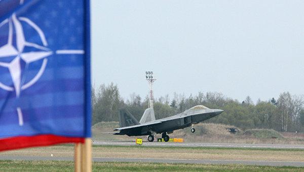 СМИ: Германия может направить на восточные границы НАТО дополнительные силы