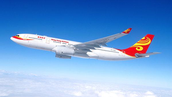Летевший с Бали самолет попал в зону турбулентности, 17 человек пострадали