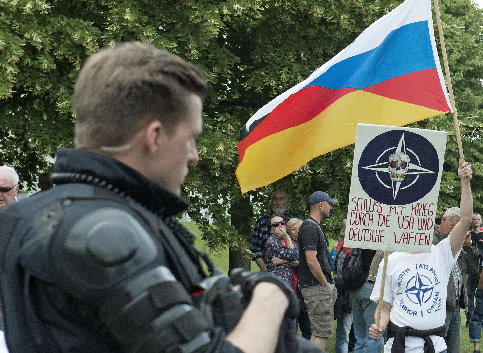 Немцы симпатизируют русским, но не политике президента Путина