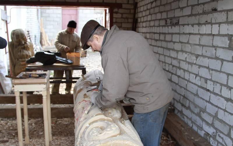 Длябрянского парка имени А.К.Толстого готовят новые скульптуры