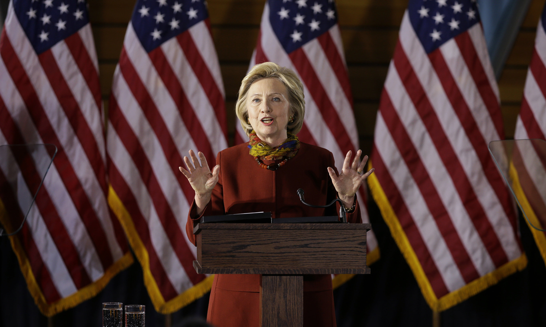 Трамп и Клинтон закрепили лидерство после побед в Нью-Йорке