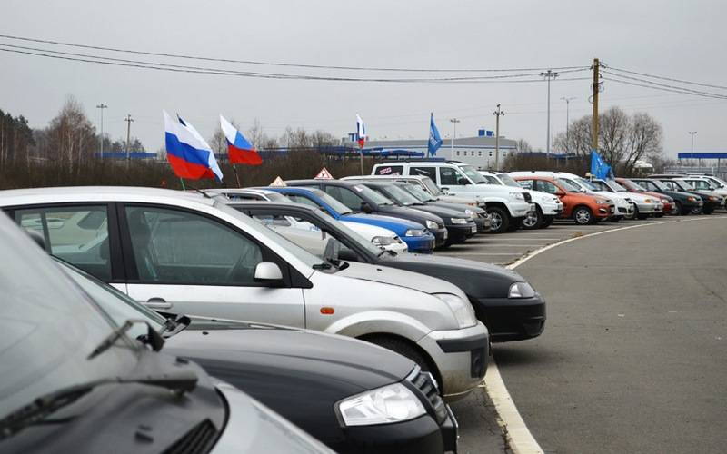 От памятника воинам-водителям вБрянской области стартует победный автопробег