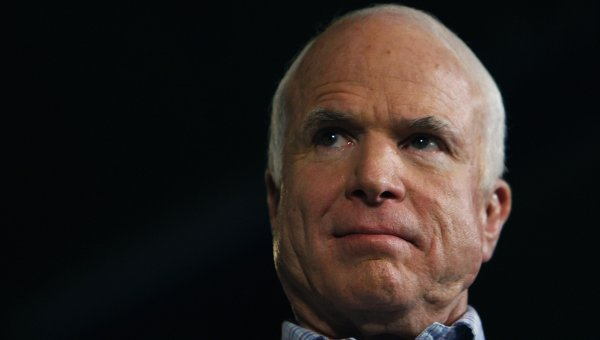 Cенатор Маккейн назвал проект F-35