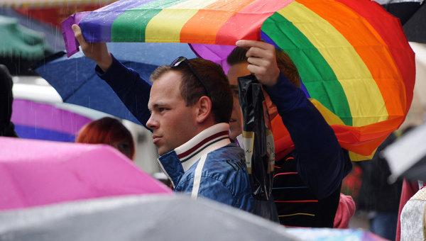 В Киеве прошли митинги сторонников и противников ЛГБТ-сообщества