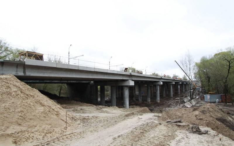 ВБрянске наПервомайском мосту уложили предпоследний пролет