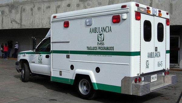 В Мексике грузовой состав сошел с рельсов, разрушив четыре дома