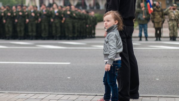 Около четырех тысяч полицейских будут охранять порядок на праздники в ДНР