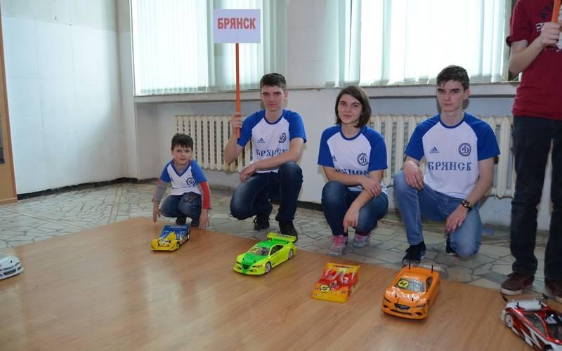 Юные брянские автомоделисты стали призерами первенства России