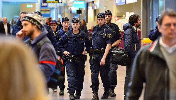 Аэропорт Стокгольма частично эвакуировали из-за дыма