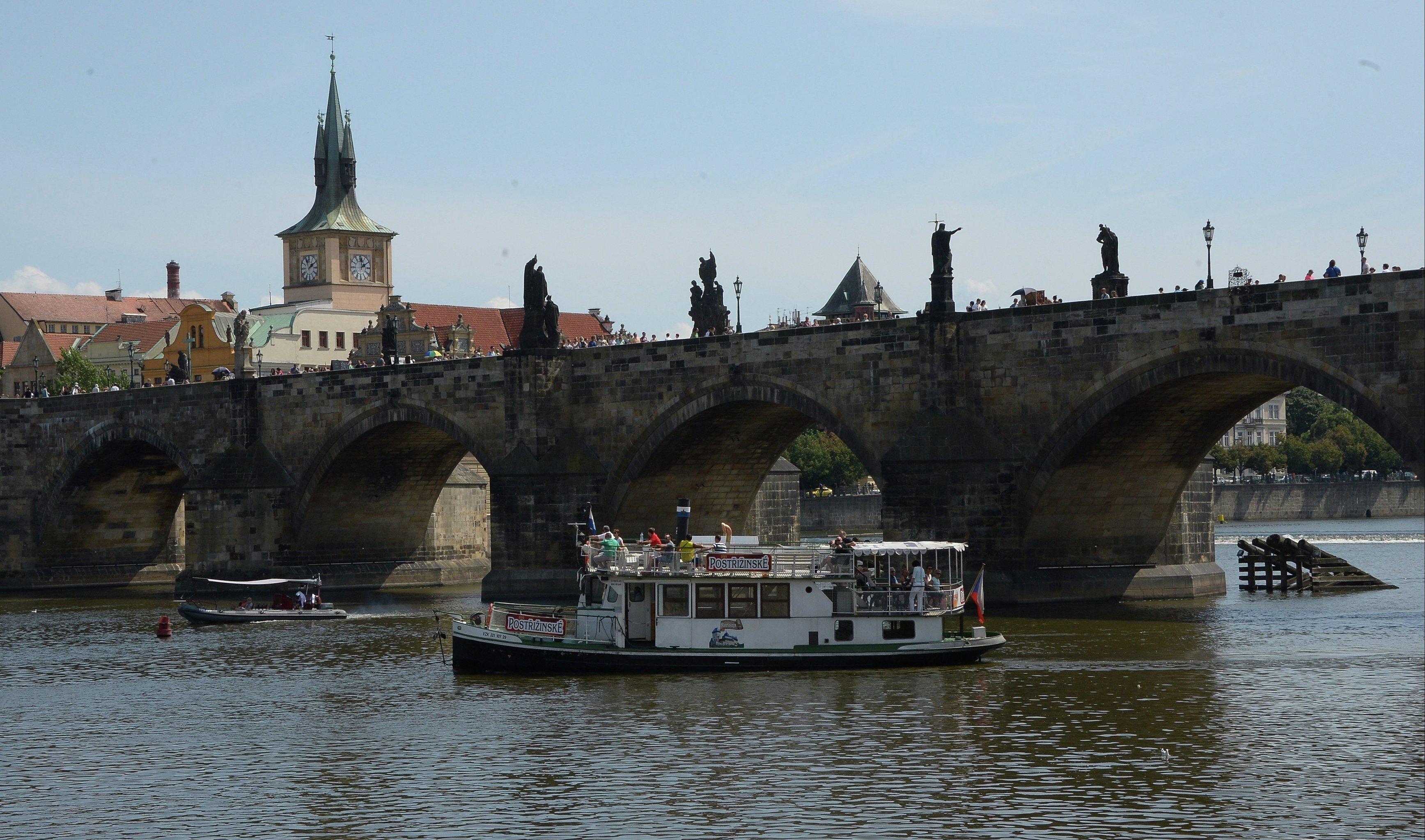 Чехия попросила бывших советских журналистов на выход