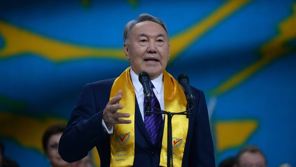 Назарбаев рассказал о важности единства на примере Украины