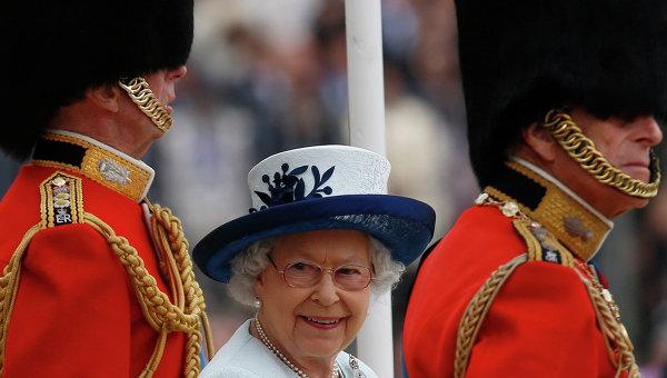 Патриарх Кирилл поздравил Елизавету II с юбилеем