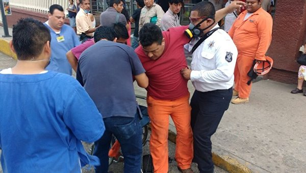 Власти опровергли информацию об утечке хлора на месте взрыва в Мексике