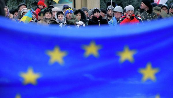 Украинский писатель призвал сограждан создавать проблемы ЕС