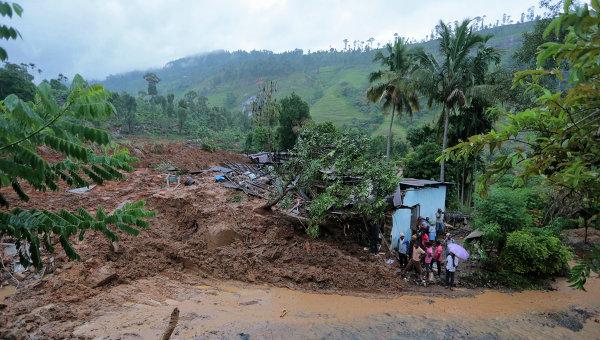 При оползне в Руанде погибли по меньшей мере 20 человек, в том числе дети