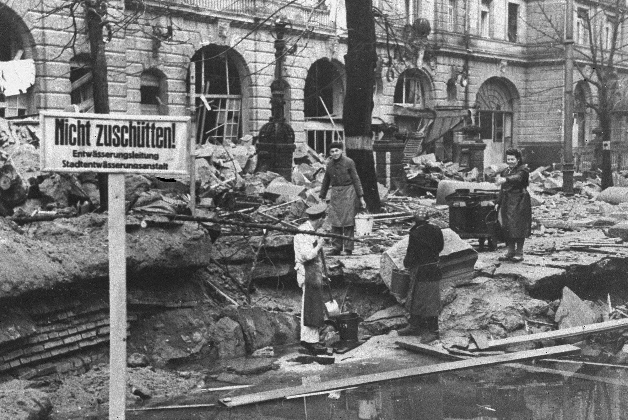 Столь цветным был Берлин после капитуляции 1945 года