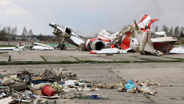 Польский министр: спецслужбы скрывают информацию о смоленской катастрофе