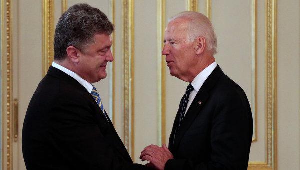 Порошенко и Байден обсудили результаты министерских переговоров по Донбассу