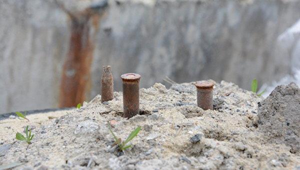 В ЛНР обнаружили схрон с 13 крупнокалиберными снарядами
