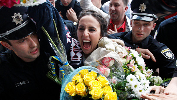Джамала в Киеве станцевала под песню Лазарева