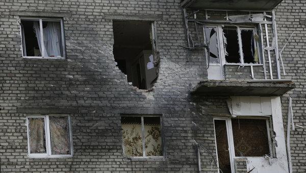 Съемочная группа НТВ попала под обстрел на участке трассы в Донбассе