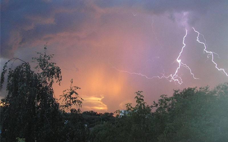 ВБрянской области 18мая синоптики обещают дожди игрозы