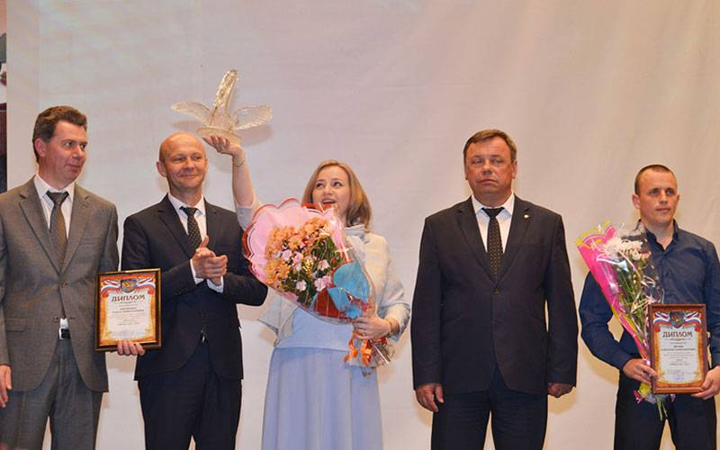 ВБрянске наградили педагогов-виртуозов