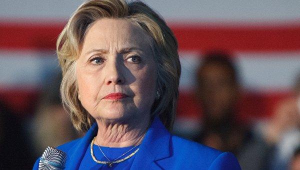 Ле Пен назвала Клинтон опасным для Франции кандидатом в президенты США