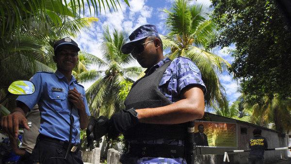 Мальдивы обеспокоены данными о поиске экс-президентом убежища в Британии