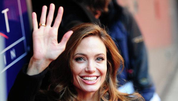Анджелина Джоли стала профессором одного из известнейших лондонских вузов