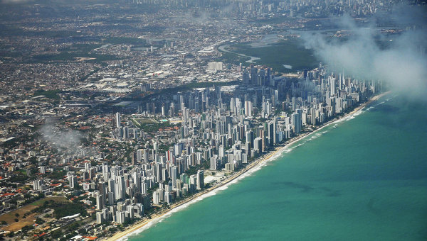 Дипломат: Бразилия останется в БРИКС, несмотря на политический кризис