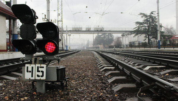 Украинская железная дорога может остановить перевозки через несколько дней
