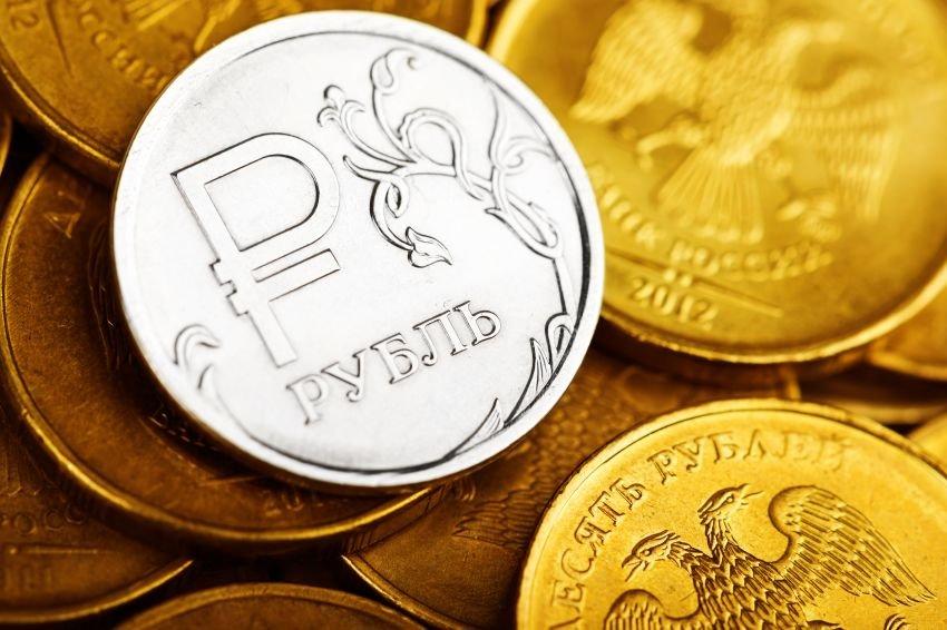 Каким будет курс рубля в конце года