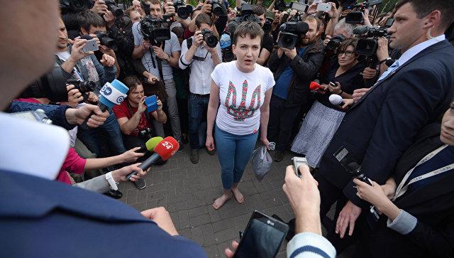 Савченко объяснила, почему прилетела на Украину босой