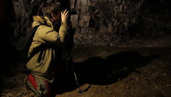 Около 20 человек попали в ловушку в пещере в США