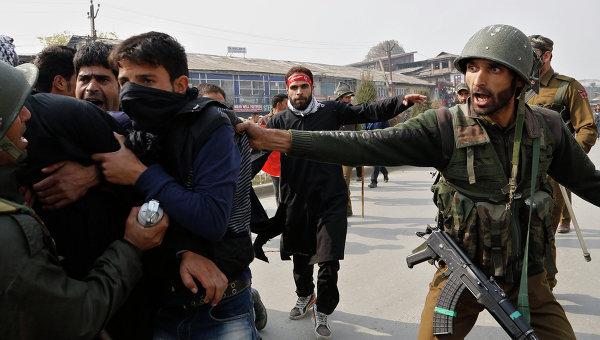 В индийском Кашмире ликвидировали четырех боевиков