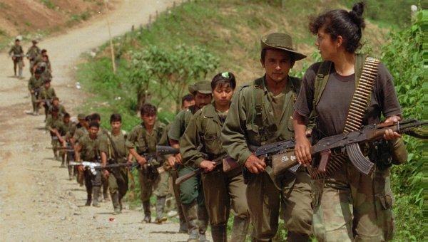 Колумбийские повстанцы освободили еще двух журналистов