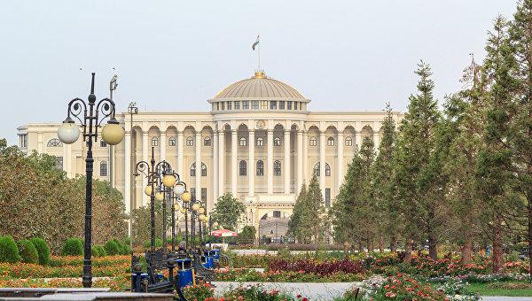 Дочь президента Таджикистана избрали сенатором