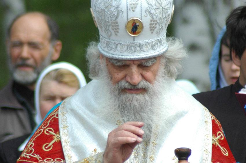 Омского митрополита Феодосия похоронят в Ачаирском монастыре