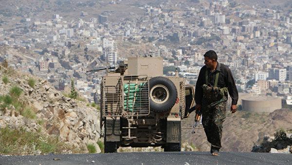 В Йемене погибли около 15 военных в ходе боев в городе Бейхан