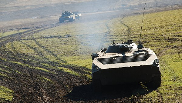 В районах Донецка и Луганска миссия ОБСЕ зафиксировала военную технику
