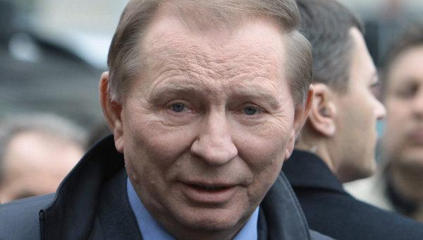 Кучма прибыл в Минск на переговоры