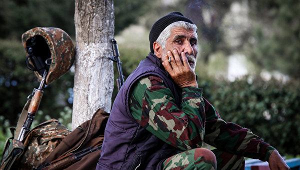 Франция и Германия ожидают продолжения мирных переговоров по Карабаху
