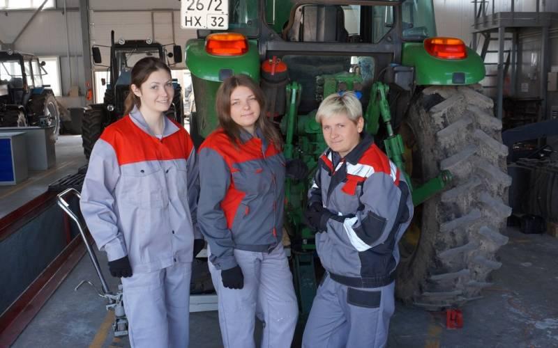 Мираторг создает вБрянской области первую бригаду трактористок