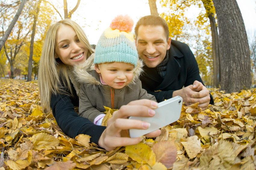 Ученые выяснили, как соцсети влияют на психику молодых мам