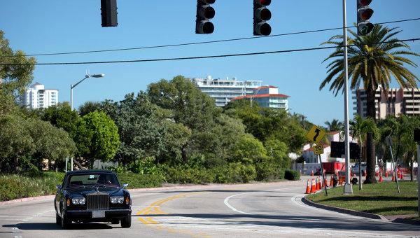 В США в половине округов Флориды ввели режим ЧС из-за циклона