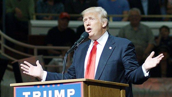 Клинтон и Трамп уверенно победили на первичных выборах в США