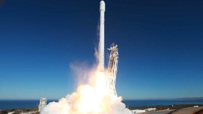 SpaceX повторно запустит отработанную ракету осенью