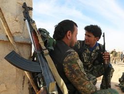 СМИ: курдам пообещали поддержку при решении судьбы Сирии в обмен на Ракку
